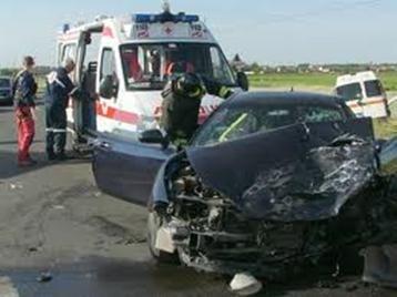 Aumento incidenti stradali causa Smartphone