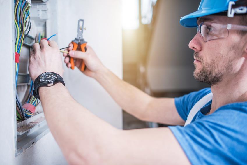 Lavori elettrici: modificate le norme