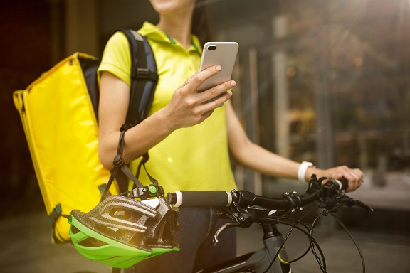 Decreto tutela del lavoro: applicazione normativa sicurezza ai riders