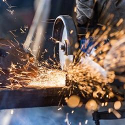 valutazione rischio attrezzature direttiva macchine